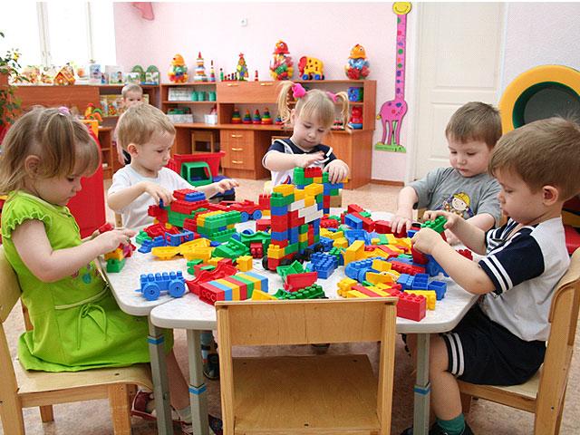 В садике у детей должно  формироваться правильное восприятие себя в мире